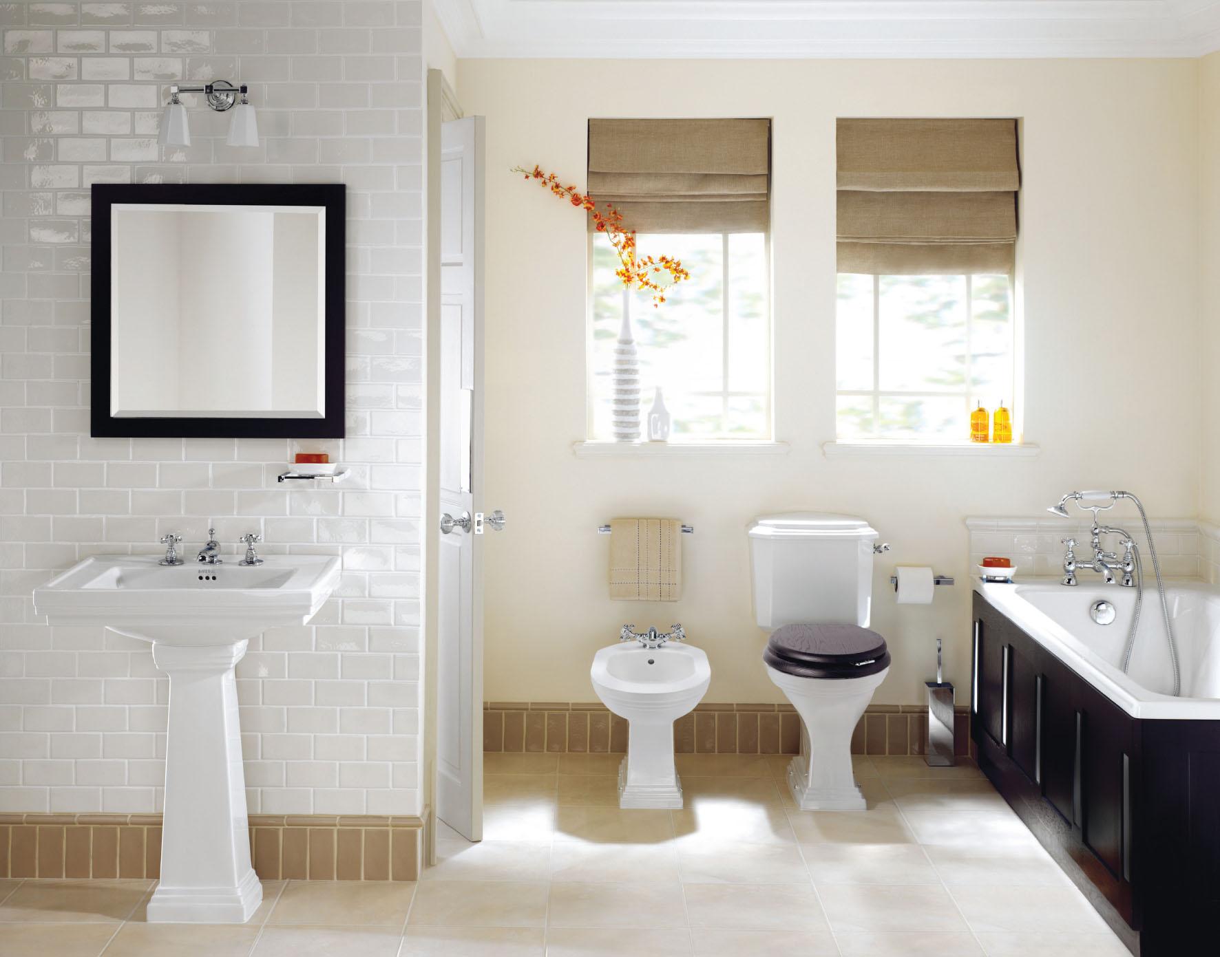 Фото дизайна ванной комнаты в белом цвете